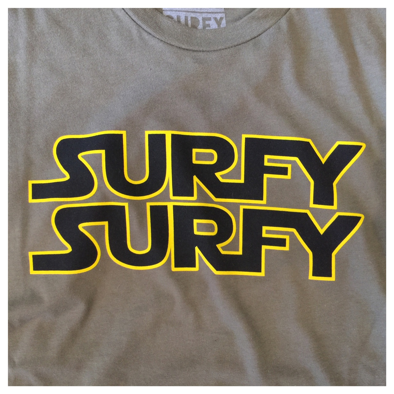 Surfy Wars tee Army Green